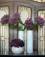 feher-cilinder-vaza-kicsi-tall-vases-and-chalices-rental