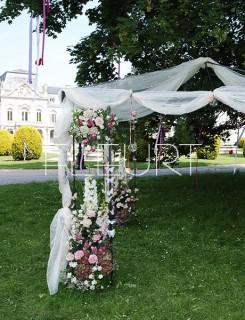 Virágpavilon esküvőre