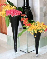 fekete-tolcservaza-nagy-tall-vases-and-chalices-rental